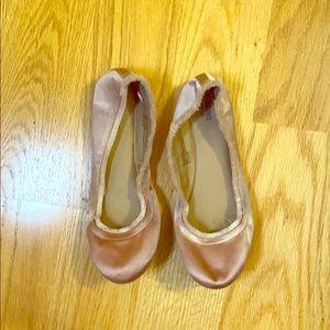 Light pink ballet flats